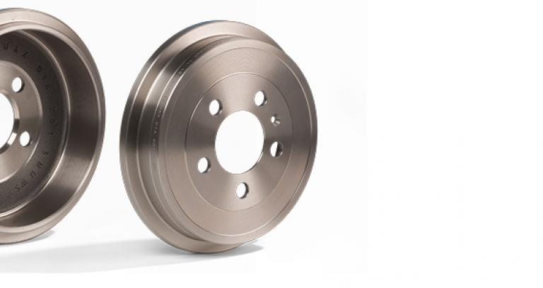 Vehicle brake drums
